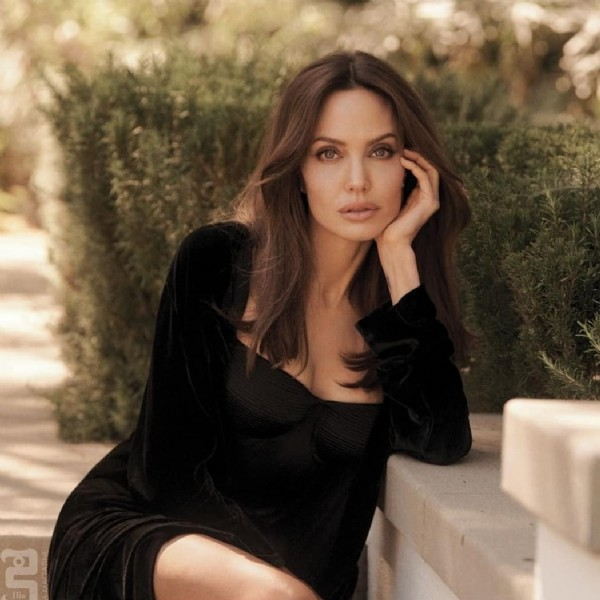 Photo by Angelina Jolie on September 21, 2021. May be an image of 1 person and outdoors.