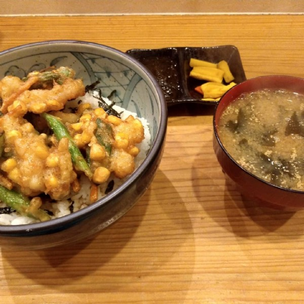 Photo by たけ on June 21, 2021. May be an image of food.