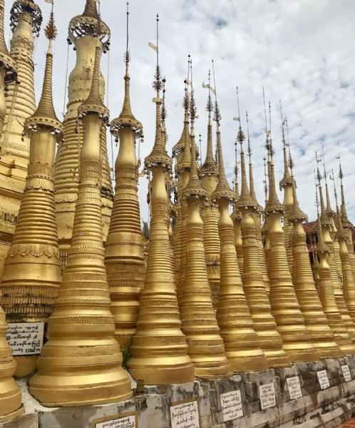 Photo by Decor • Design • Travel in Shwe Indein Pagoda. May be an image of outdoors and temple.