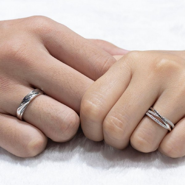 Photo by PERMATA JEWELLERY by Izzah on July 31, 2021. May be an image of ring.