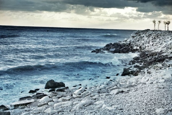 Photo by Lino on June 15, 2021. May be an image of ocean and nature.