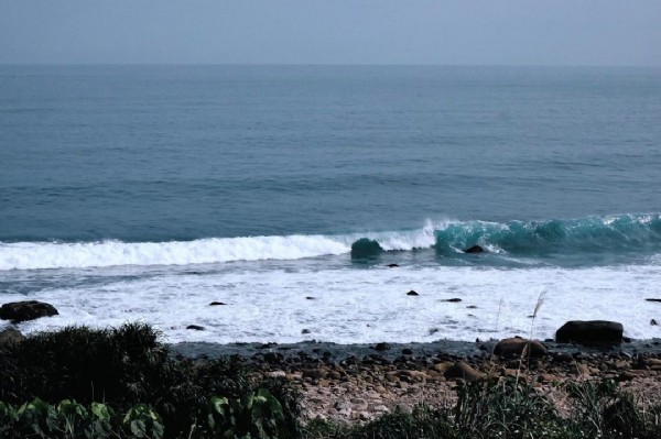 Photo by 黃美嘉 in Taiwan. May be an image of coast, nature and ocean.