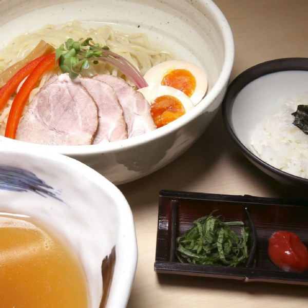 Photo by 『大阪行列No.1』のラーメン屋を作る松村貴大の全て on June 22, 2021. May be an image of food.