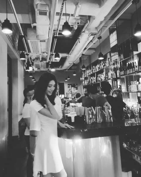 Photo by @hklife_kim on July 30, 2021. May be an image of 1 person, standing, drink and indoor.