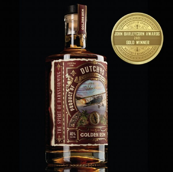 Photo by Think Bold Studio on June 19, 2021. May be an image of drink and text that says 'พกย JOHN BARLEYCORN AWARDS 2021 SOLD WINNER WI MARKETERS RITERS PREMIUM DUTCH45 SM duenture BARNSTORMIN OF OF PRODUCT SPIRIT THE 40% GOLDEN RUM'.