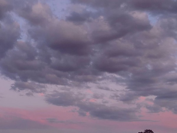 Photo by Emi on August 01, 2021. May be an image of nature, cloud and twilight.